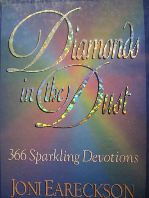 Diamonds in the dust. 366 sparkling devotions